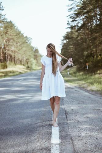 """Lininė suknelė """"Balta"""""""